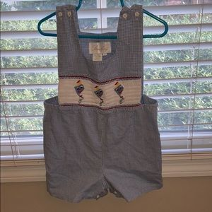 Toddlers smocking outfit